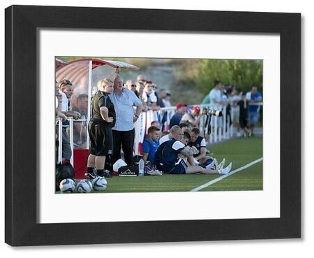 Southend United manager Paul Sturrock watches on - Rayo Vallecano B vs