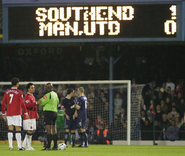 scoreboard. CARLING CUP ROUND 4. SOUTHEND UNITED v MANCHESTER UNITED. 07/11/2006. CREDIT KIERAN GALVIN