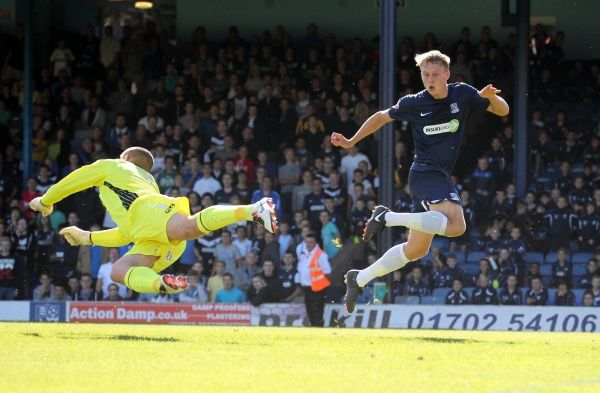 SkyBet League 2 - Southend United v Morecambe at Roots Hall Stadium. Cauley Woodrow Mandatory Credit: Stephen Lawrence(Southern News and Pictures)/Southend United ? NO UNPAID USE
