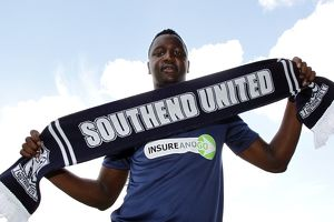 Alassane N'Diaye signs for Southend United - 30/06/11